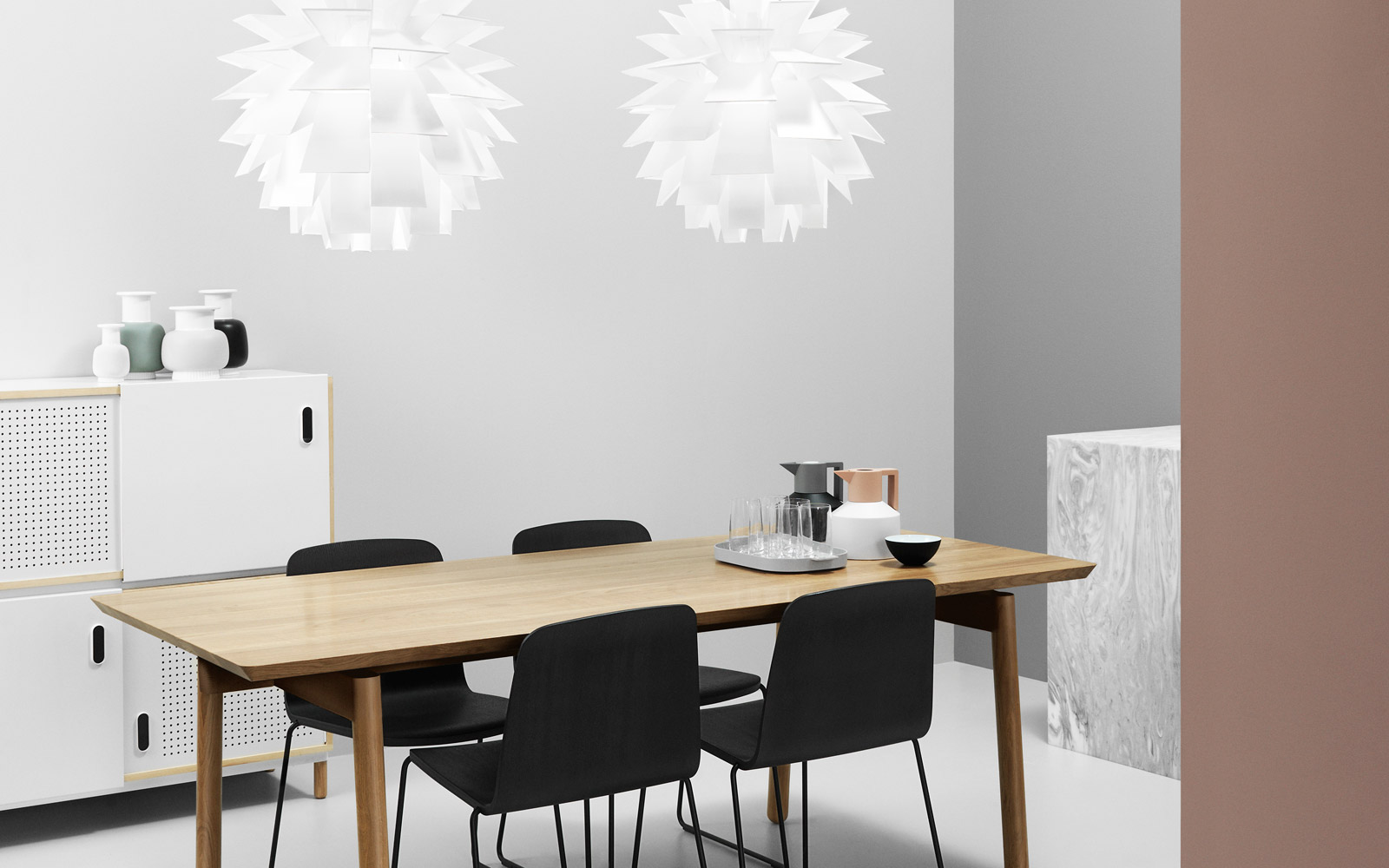 Nord table kontor interi r for Interior design agency copenhagen